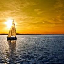 cropped-tramonto_mare_barchetta_HD-5